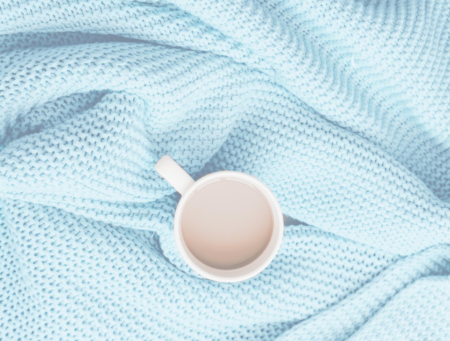 Trucos para saber cómo quitar manchas de café de la ropa